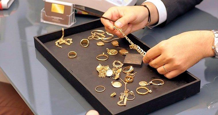 Продажа невыкупленных вещей в ломбарде: выгодно ли покупать залоговое имущество?