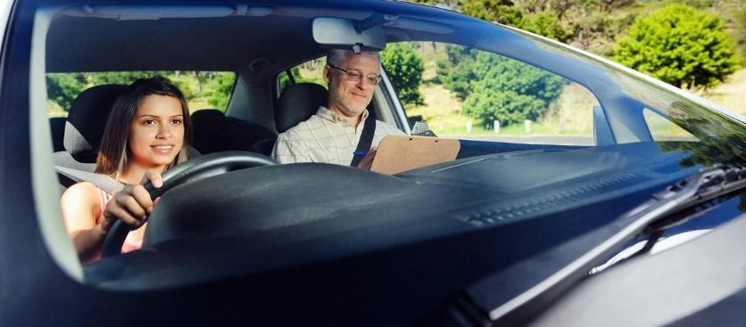 Как выбрать инструктора по вождению: правила выбора
