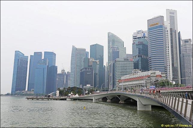 Болельщиков в Сингапуре проинформируют об опасности