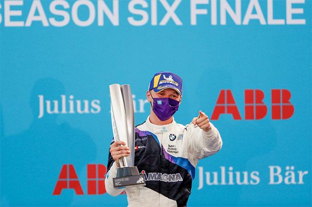 Формула E: Гонку в Берлине выиграл Макс Гюнтер