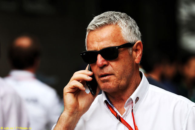 Дерек Уорик – третий стюард Гран При Венгрии