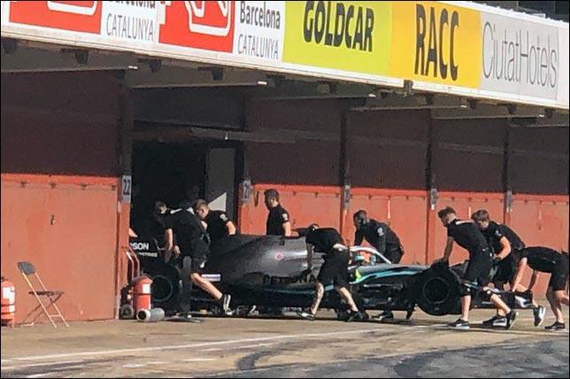 В Барселоне завершился второй день тестов Pirelli