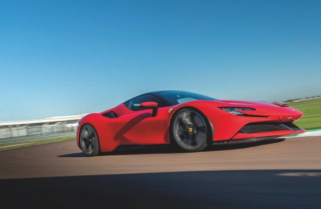 Лелуш, Леклер и Ferrari готовятся к съёмкам «Свидания-2»