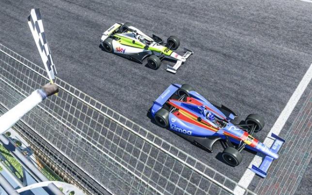 eSports: Алонсо победил в Гонке Легенд в Индианаполисе