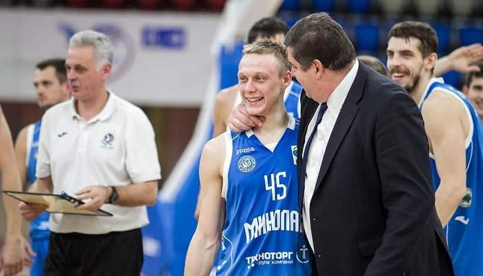 Николаев дважды победил криворожский КНУ-КДПУ перед стартом в Суперлиге